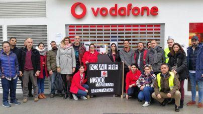 Trabajadores de Vodafone de Palma exigen frenar el ERE