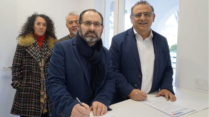 El Ayuntamiento cede un local municipal a Radio Taxi Calvià