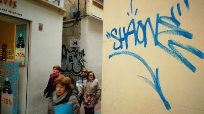 El 97 por ciento de los lectores cree que no se lucha con cotundencia contra los graffitis en Palma