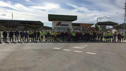 Los trabajadores de Cemex en Lloseta paran la actividad ante el 'desprecio' de la empresa