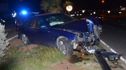 Dos conductores borrachos se estrellan en Ibiza en sendos accidentes
