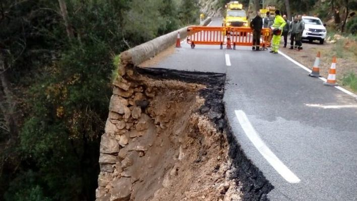 Reabren al tráfico el tramo hundido de la carretera a Lluc