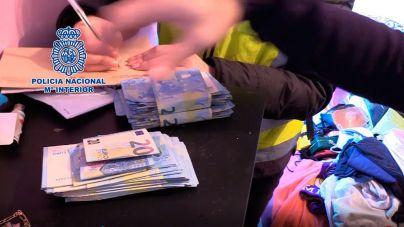 Un detenido en Ibiza al caer el mayor laboratorio de falsificación de documentos del país