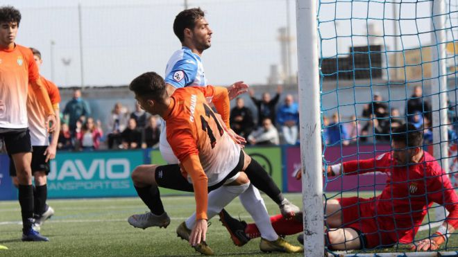 El Atlético Baleres vence al Peralada y se pone a un punto del líder