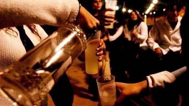 Debate internacional sobre la problemática del alcohol en los viajes