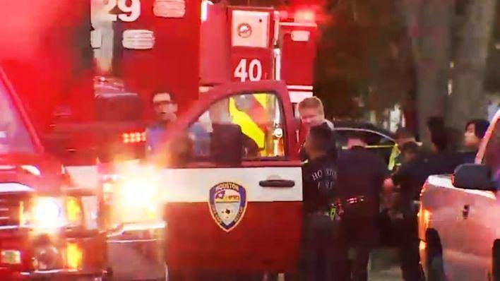 Cinco muertos en un tiroteo en una vivienda de Texas