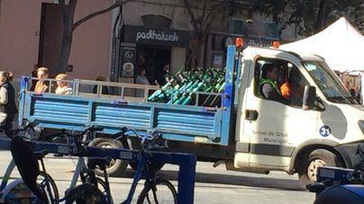 La Policía Municipal retira patinetes de la vía pública