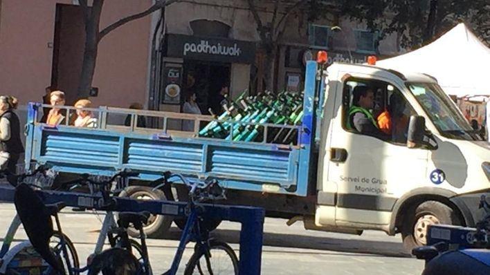 Los patinetes eléctricos no podrán circular por las aceras en Palma