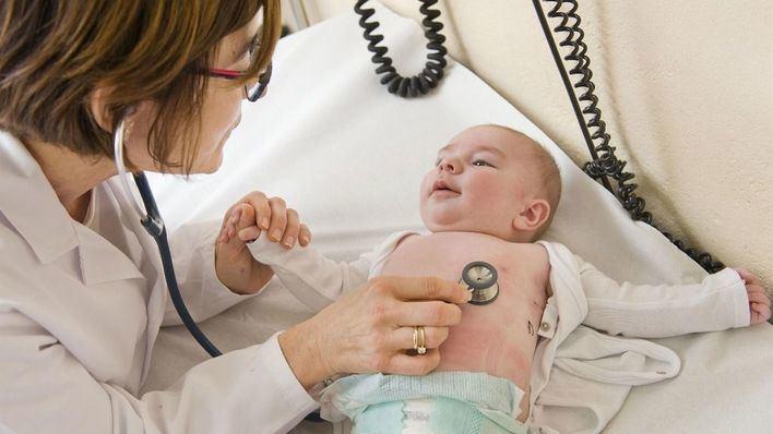 Baleares tiene una media de 1.113 niños por pediatra en Atención Primaria