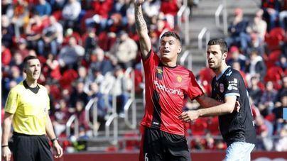 Merecida victoria del Mallorca ante el Lugo en Son Moix por 3-0