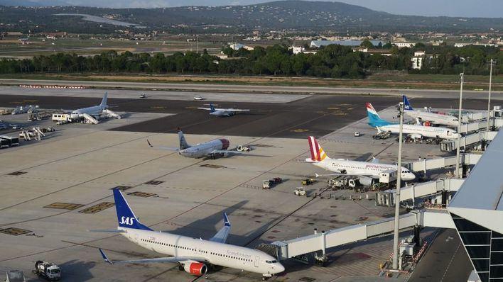 El tráfico aéreo en el centro de control de Palma crece un 18 por ciento en enero