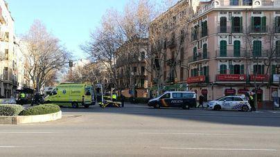 Un motorista herido en un accidente en Avenidas