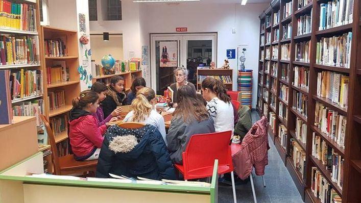 Éxito de participación en los clubes de lectura de la biblioteca municipal de Santanyí