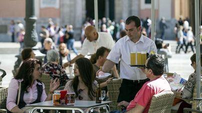 El sector servicios mejora un 4,9 por ciento sus ventas en 2018 en Baleares