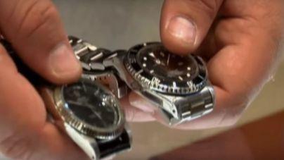 Cae una banda que robaba Rolex a personas mayores en Santa Ponça mediante el 'abrazo amoroso'