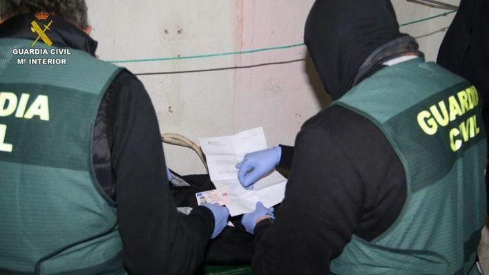 Los detenidos en la operación antidroga usaban pisos 'okupados' para traficar con personas