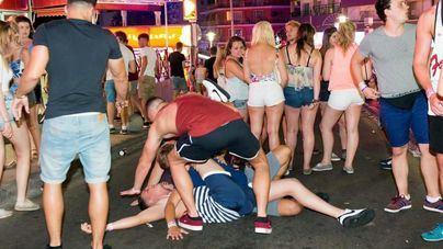 La mayoría de lectores no cree que el turismo de borrachera sea un