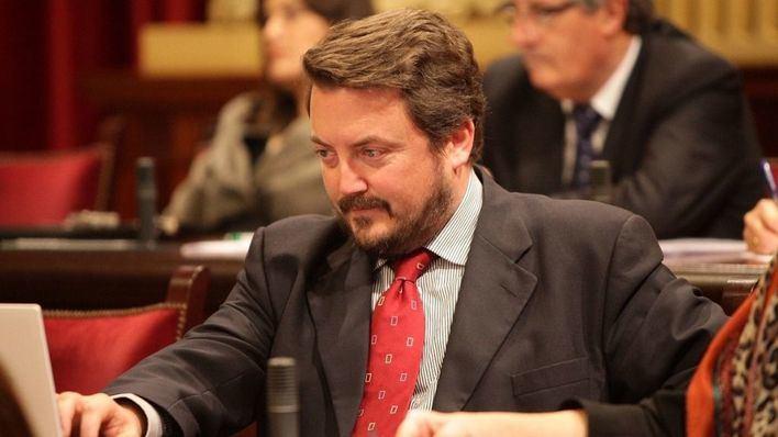 Antoni Camps se pasa del PP a Vox y será el número uno al Consell de Menorca