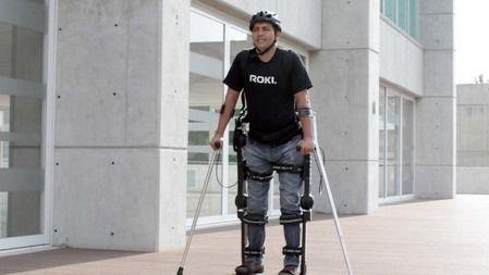 Sant Joan de Déu utilizará un exoesqueleto para rehabilitar pacientes con lesiones medulares