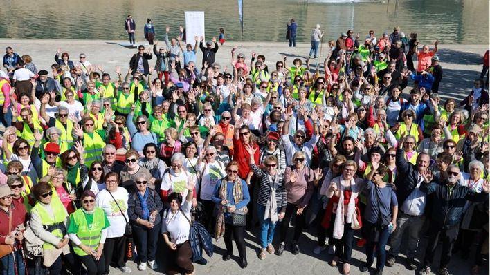 Unas 200 personas participan en una 'macroruta saludable'
