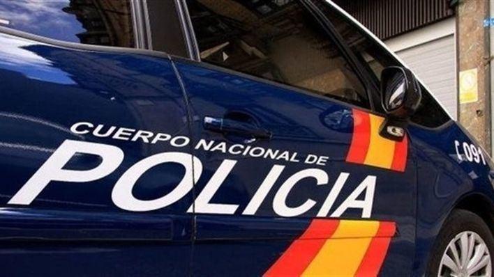 Detenidos en Valencia por maltratar a su hijo por ser homosexual