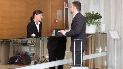 La presencia femenina en el sector turístico crece pero se mantiene la brecha salarial