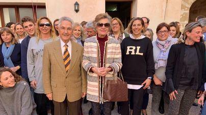 Homenaje al fundador de la Escuela de Turismo por sus 90 años