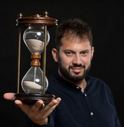 Trui Teatre celebra el décimo aniversario del espectáculo de hipnosis de Germán Rehermann