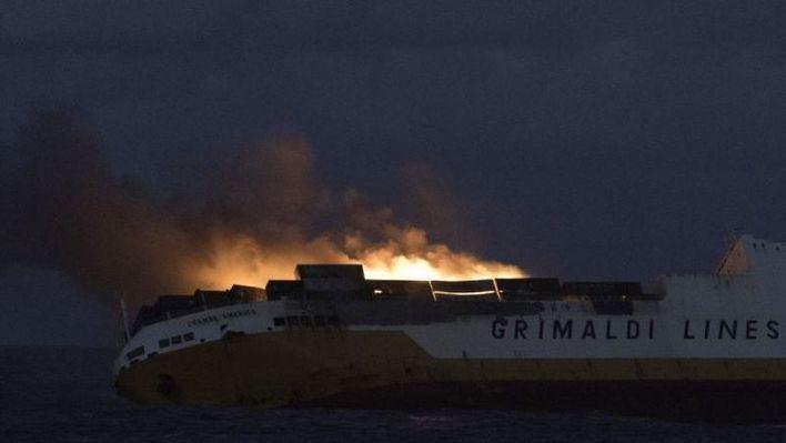 Alarma por el hundimiento de un carguero en aguas del Golfo de Vizcaya
