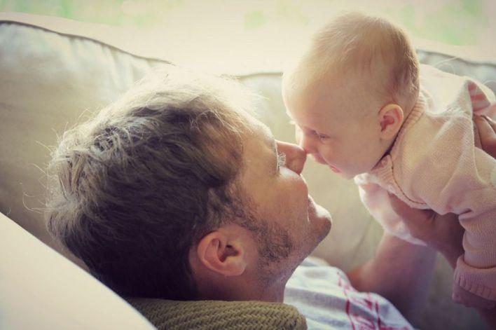 IBFamilia dice que un 'estilo maternizante' en el padre lleva a la 'superprotección'