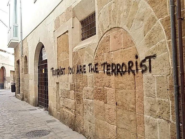 El vandalismo sobre bienes culturales pueden costar hasta 30.000 euros o cubrir todo el daño