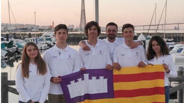Buena actuación de los regatistas del Club Nàutic S'Arenal en la Copa de España Laser 4.7