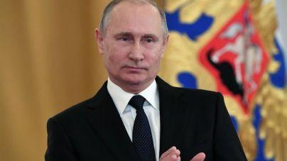 Putin firma una polémica ley sobre fake news