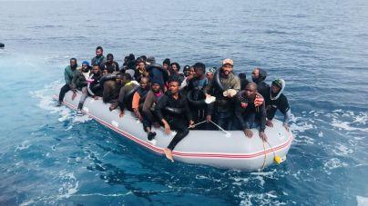 5.500 migrantes han llegado a España en patera en lo que va de año