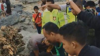 Al menos 92 muertos en las inundaciones de Indonesia
