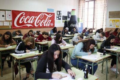 Jóvenes de Baleares mostrarán su talento en el concurso de relato corto de Coca-Cola