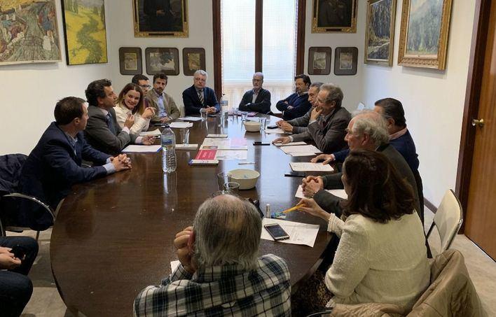 Fomento del Turismo inicia una ronda con los partidos políticos