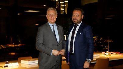 Escarrer y el embajador británico tratan en Palma planes para paliar el Bréxit