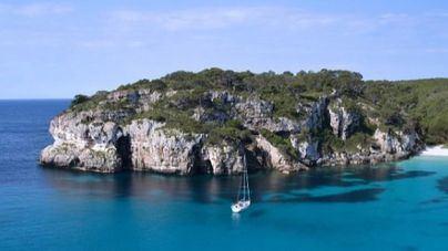 El alquiler de coche en Formentera es la mejor alternativa para muchos turistas que visitan la isla