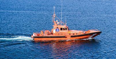 Buscan a un hombre caído al mar de un buque entre Ibiza y Mallorca