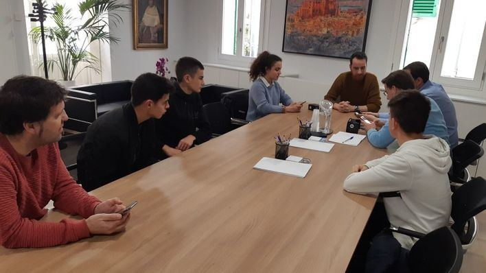 Estudiantes de Palma realizan un proyecto para visitar virtualmente la Seu
