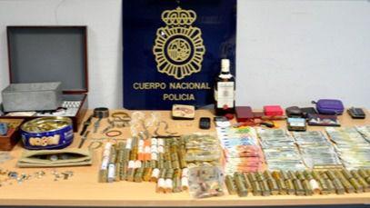 Detienen a un hombre fugado tras robar en un centro social de Ciutadella