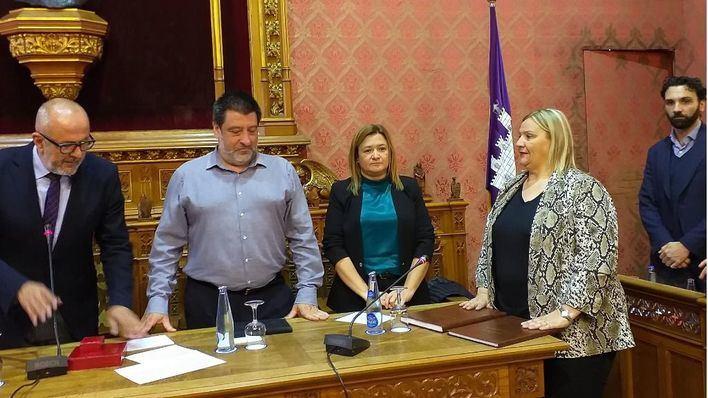 García Gual toma posesión como consellera del PP en el Consell de Mallorca
