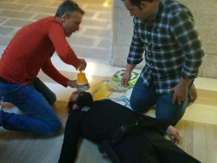 La Policía Local de Andratx se forma en primeros auxilios