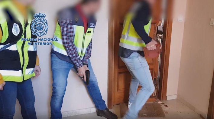 Desarticulan un grupo itinerante de proxenetas que explotaba a mujeres en pisos turísticos