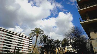 Martes con intervalos nubosos y temperaturas en ascenso en Baleares