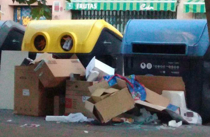 Un mallorquín llama la atención en Polonia por recoger la basura en Poznan