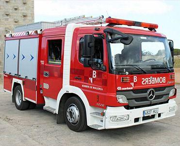 Los bomberos de Mallorca incorporan tres camiones contra incendios forestales