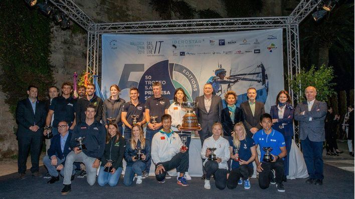 La regatista china Yue Tan, vencedora absoluta del 50 Trofeo Princesa Sofía Iberostar