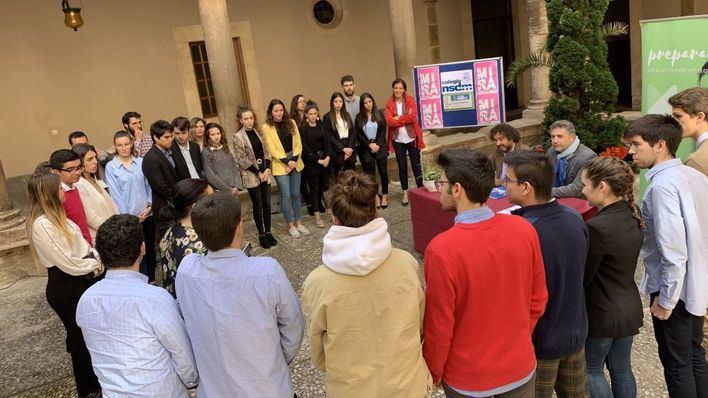 Escolares de Montesión dinamizarán el comercio local de Palma